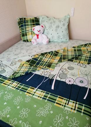 Постельное белье, спальные комплекты