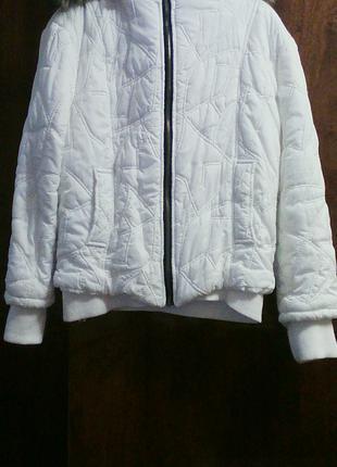 Продам весенне-осеннюю  куртку
