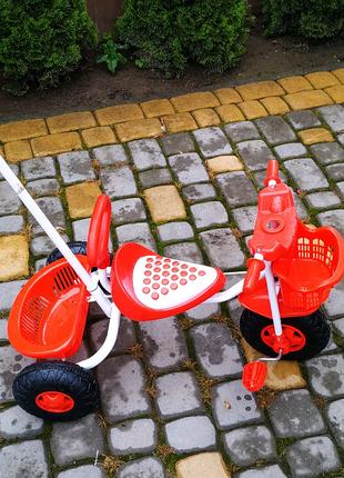 Велосипеды детские трёхколёсные.