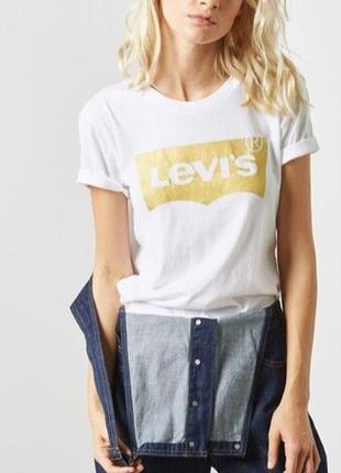 Levis женская белая футболка с золотым логотипом