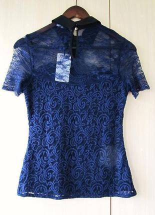 Кружевная блуза с бантом orsay / s / цвет темно-синий