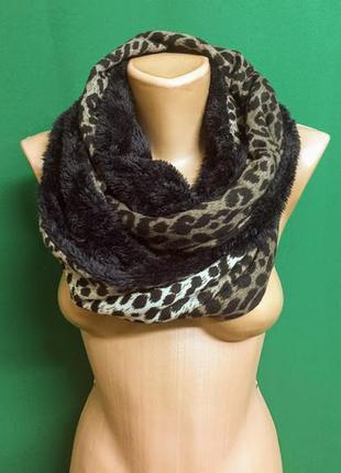 Двухсторонний хомут-снуд-шарф с мехом