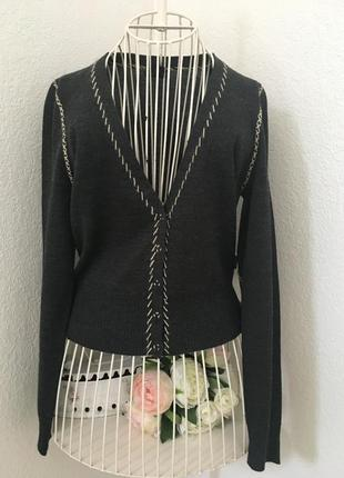 Тоненький свитер castro concept s
