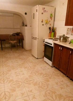 Продам 3 комнатную квартиру на Высоцкого