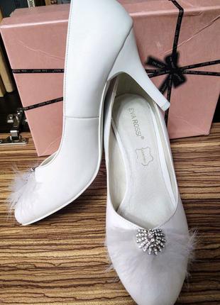 Свадебные туфли с фатином, кожзам, 8см каблук , 38 размер