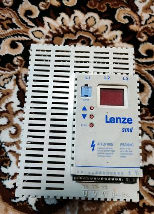 Частотный преобразователь-инвертор Lenze ESMD752L4TXA