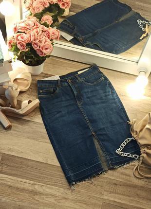 Новая крутая джинсовая юбка с актуальным разрезом спереди 🔥
