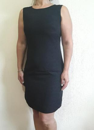 Платье-футляр,  маленькое черное платье