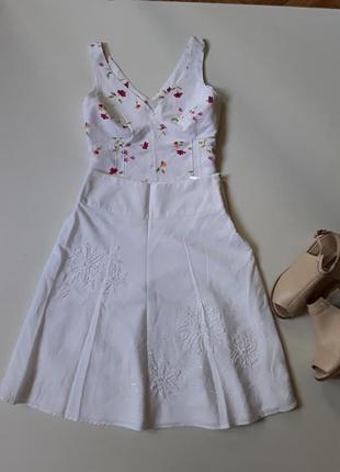 Белая льняная юбка с блузкой