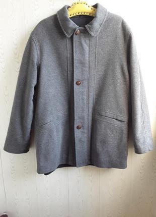 Шерстяное пальто с подстежкой