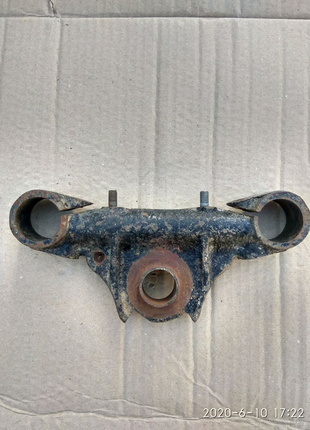 Нижняя траверса вилки Днепр К-750. Новая