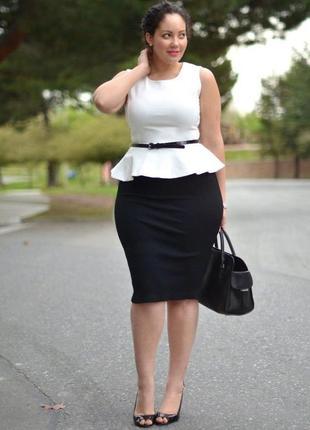 Черная юбка карандаш большого размера  58-60