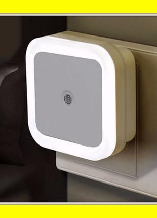XOGI Светодиодный LED ночник с датчиком света (экономный свети...