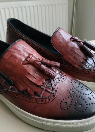 Кожаные туфли лоферы  слипоны