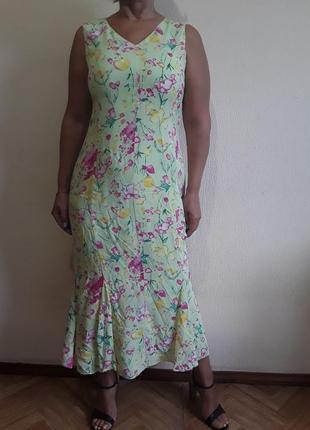 Платье  с вискозы мятного цвета в принт