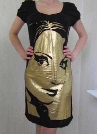 Платье трикотаж с золотым принтом