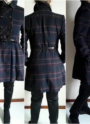Легкое  модное пальто  в клетку