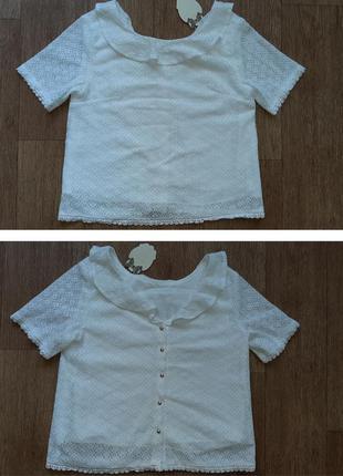 Блузка гипюровая с пуговицами на спине с этикеткой