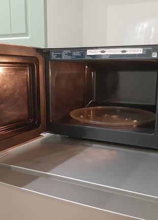 Микроволновая печь (СВЧ) Samsung ME83KRS-2/BW