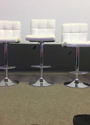 Аренда барных стульев для визажистов, прокат визажных стульев