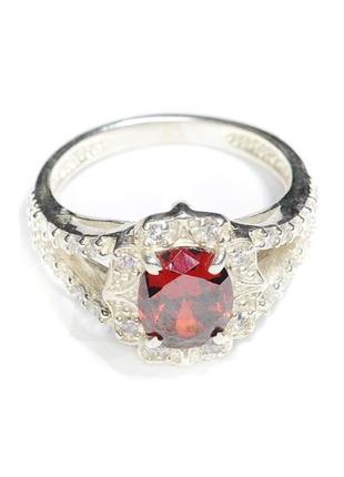 Новое серебряное кольцо со вставками кианита и куб. циркония