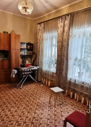 Продам 3х комнатную квартиру на Слободке.
