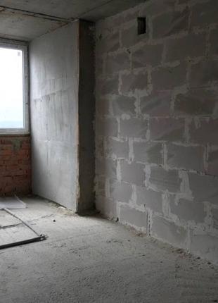Просторная однокомнатная квартира в новом сданном доме