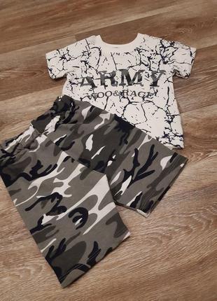 Костюм комплект футболка и шорты на годик