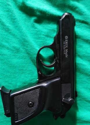 Стартовый пистолет Ekol Major черный