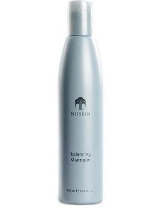 Увлажняющий шампунь для сухих и поврежденных волос NU SKIN