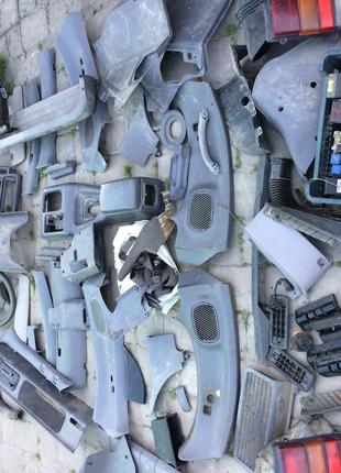 Ниссан Серена- обшивка салона пластик