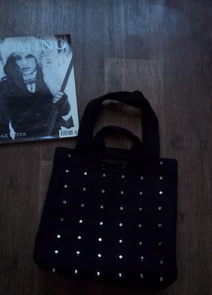 Модная сумка с шипами