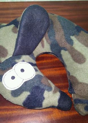 Подушка валик под шею Собака. Дорожная подушка