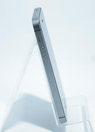 Apple iPhone 5s 16GB Space Neverlock  (79448)