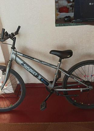Велосипед спортивный,с тормозами,с передачами