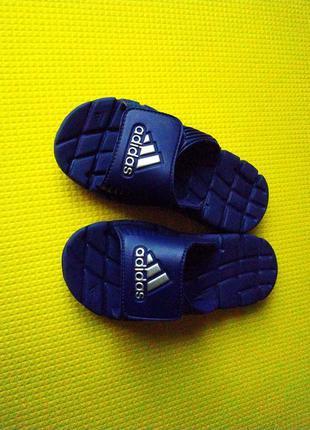 Шлёпанцы, тапочки adidas, новые, 31 размер