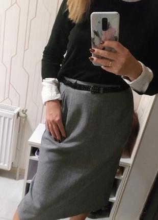 Женская серая классическая юбка высокой посадки ниже колена англи