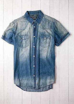 Мужская джинсовая рубашка с коротким рукавом от известного бре...