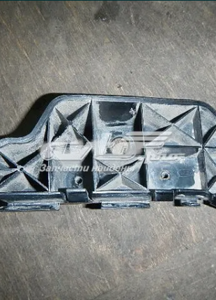 Кронштейн переднего бампера левый Hyundai Kia 865132-F500