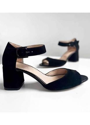 Замшевые босоножки на каблуке натуральная замша кожа