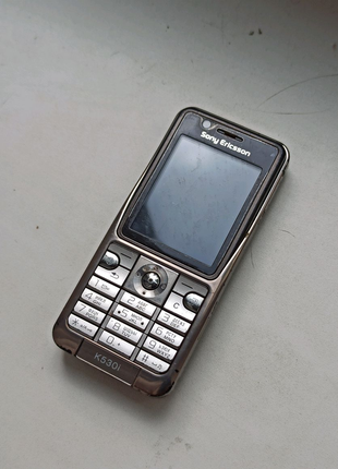 Продам Телефон K530i под восстановление