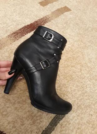 Sale!!! ботинки, сапоги, полусапожки на каблуке
