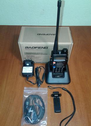 Радиостанция Baofeng UV5R+гарнитура.