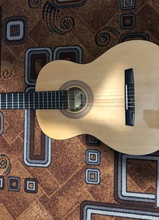 Продаю гітару HOHNER HC06