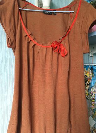 Блузка коричневая с декольте овал хлопок красная лента бант
