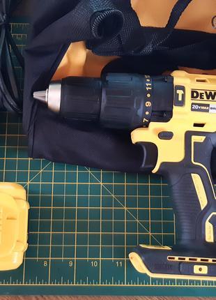 DEWALT DCD778L1 ударная дрель шуруповёрт