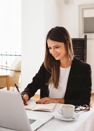 ведення клієнтської  бази, консультування клієнтів
