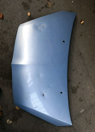 Mitsubishi colt капот