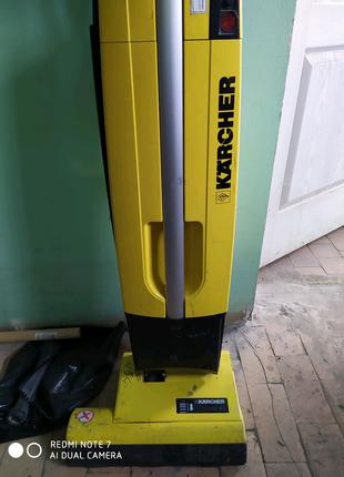 Продам пылесос Karcher cw 50