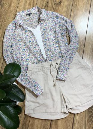 Очень красивая рубашка в цветочный принт